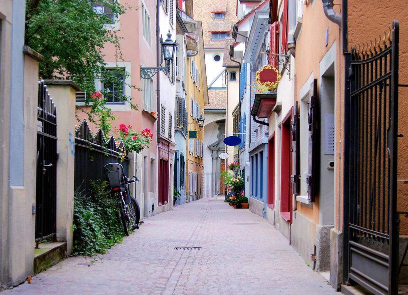 Zurich street (© Ulrich Müller - Fotolia.com)