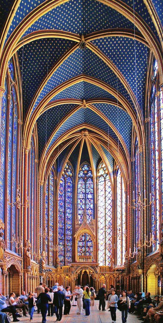 Das Innere der Sainte-Chapelle (© Dider B / Wikipedia)