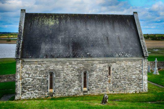 Clonmacnoise (Bild: Attila JANDI - shutterstock.com)