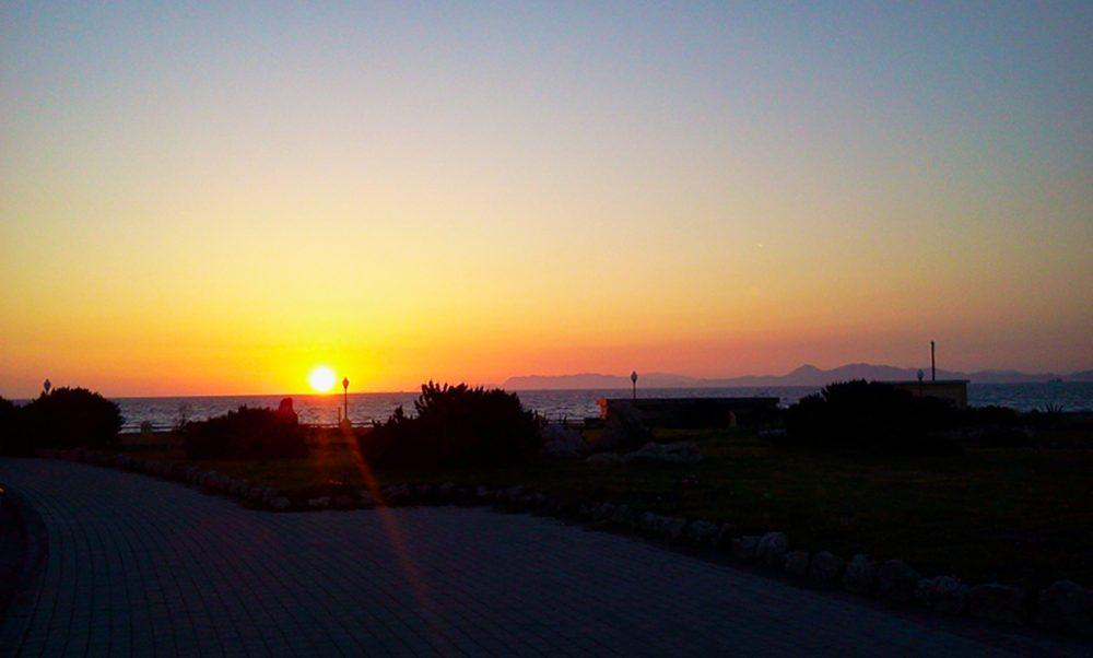 Der Sonnenuntergang auf Rhodos (Bild: Irina Simonenko)