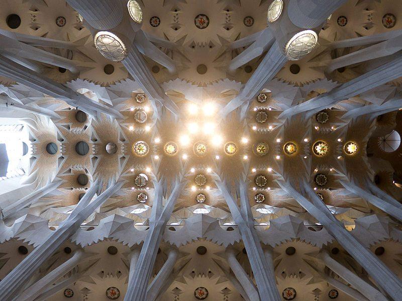 Eine der Kuppeln von Sagrada Familia (TimBray, Wikimedia, CC)