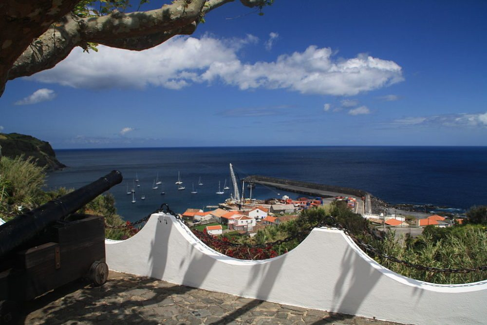 Azoren, Flores, Lajes das Flores, Hafen. (Urheber: Dreizung / Wiki)