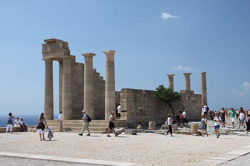 Die Akropolis von Lindos (Bild: G. Sawatzky, Wikimedia, CC)