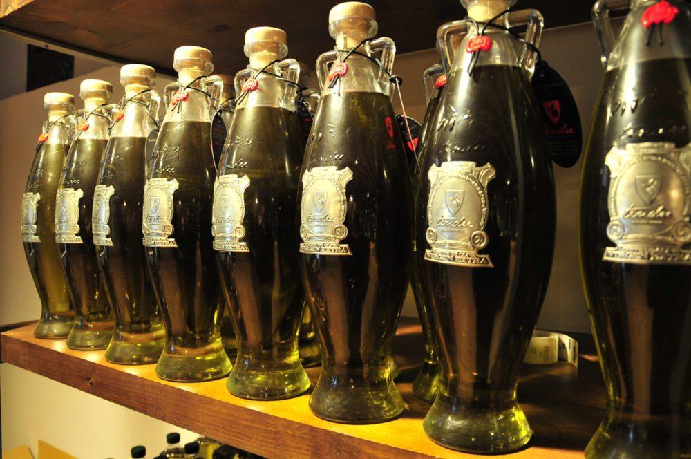 Im Olivenölladen (Bild: Olivenölmühle El Tendre)