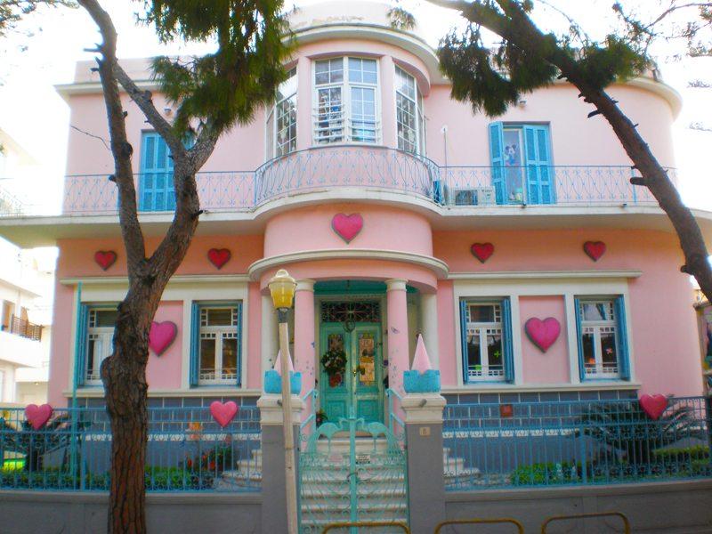 Die Freundlichkeit ist nicht nur eine Fassade auf Rhodos (Bild: Irina Simonenko)