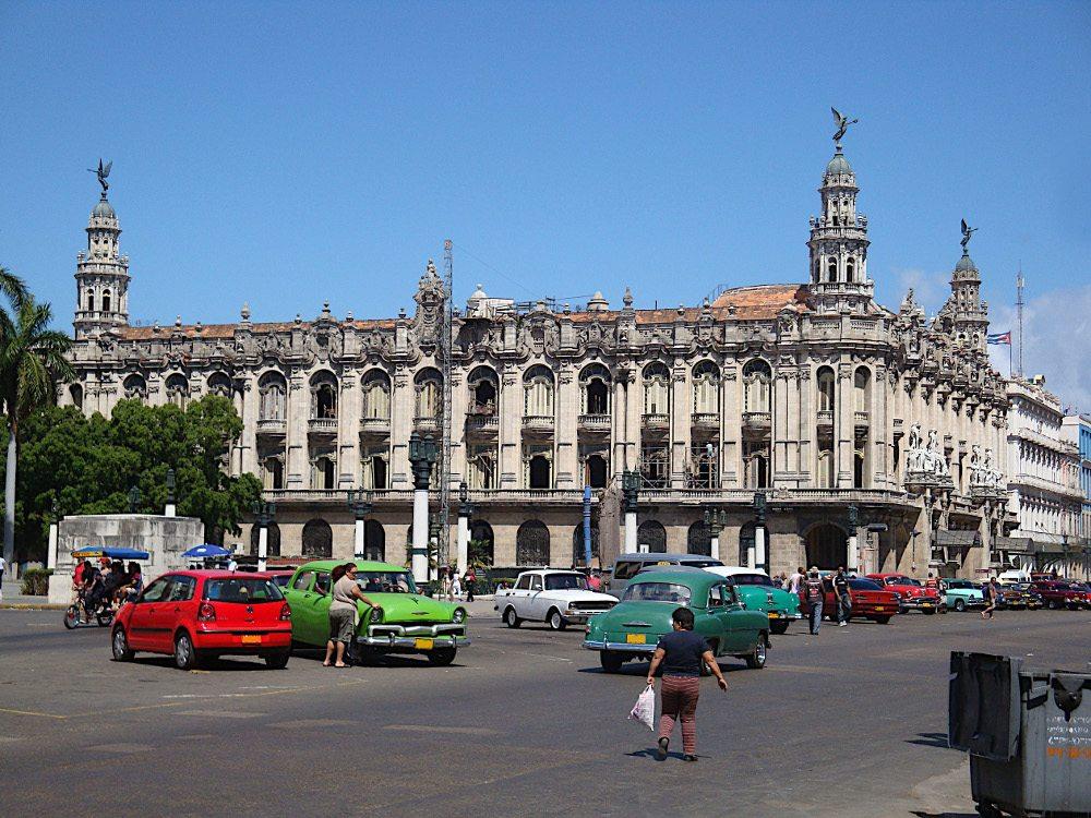 """Gran Teatro in Havanna. (Urheber: Carl-Ernst Stahnke / <a href=""""http://pixelio.de"""" target=""""_blank"""">pixelio.de</a>)"""