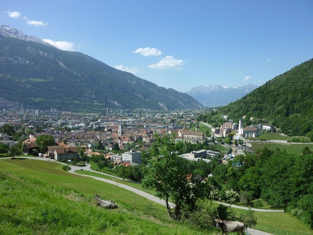 "Chur. (Urheber: Adrian Michael / Wiki / Lizenz: <a href=""https://creativecommons.org/licenses/by-sa/3.0/deed.en"" target=""_blank"">CC</a>)"