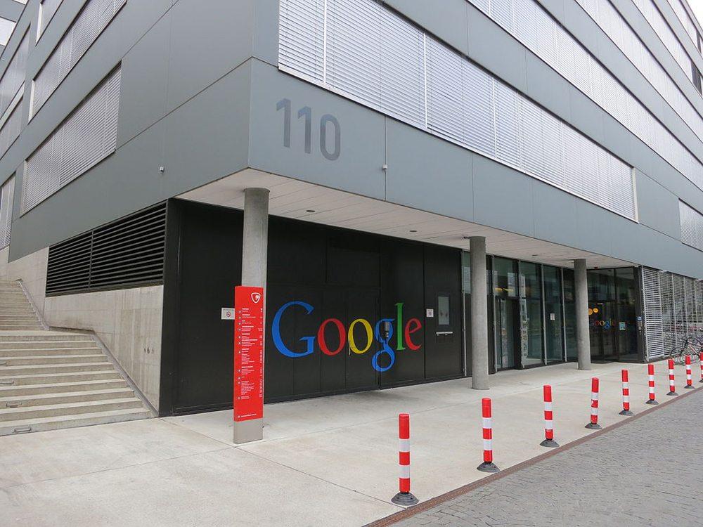 Google im Hürlimann Areal in Zürich-Enge (Bild: Paebi, Wikimedia, CC)