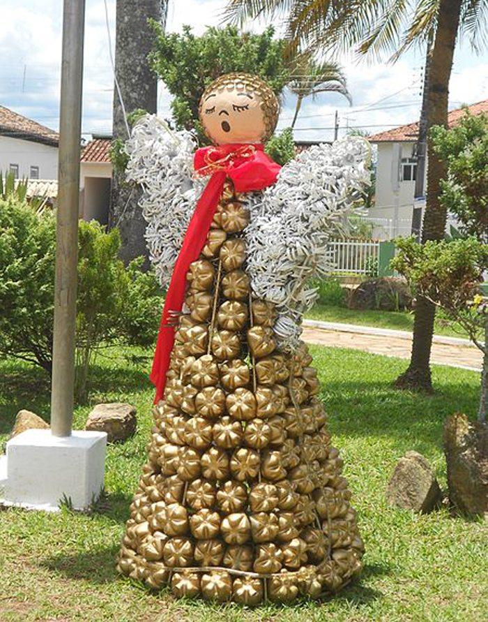 Weihnachtsdekoration (Bild: Eduardo P, Wikimedia, CC)