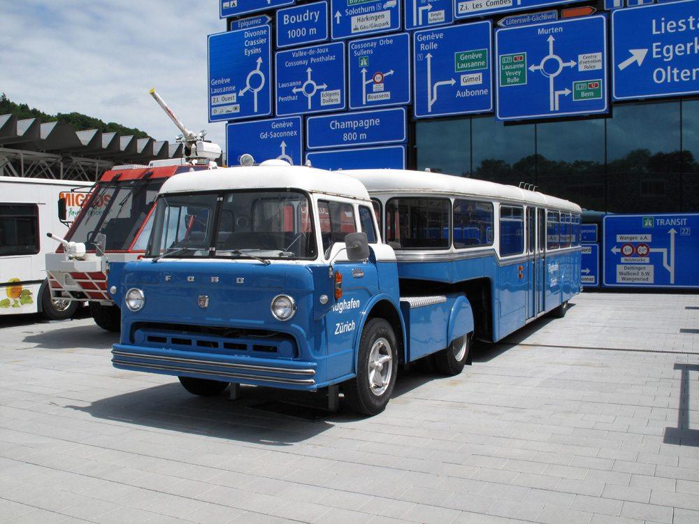 Flughafenbus Zürich (Bild: Sommaruga Fabio  / pixelio.de)