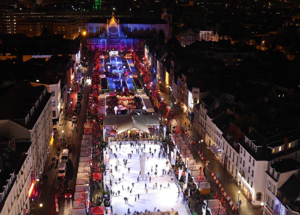 """Weihnachtsmarkt in Brüssel / Plaisirs d'Hiver. (Urheber: Guenter Hamich / <a href=""""http://pixelio.de"""" target=""""_blank"""">pixelio.de</a>)"""