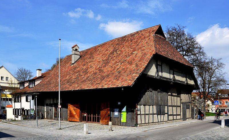 Verantstaltungshaus Zehntscheuer (Bild: Andreas Praefcke, Wikimedia, CC)