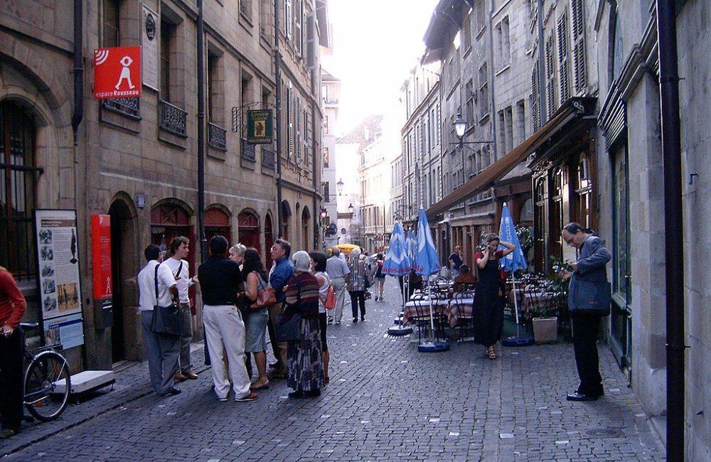 Einkaufen, das Spass macht, La Grand-Rue in Genf (Bild: Attila Nóbik, Wikimedia, CC)