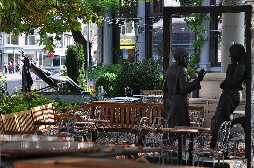 Limmatquai in Zürich (Bild: Ronald zh, Wikimedia, CC)