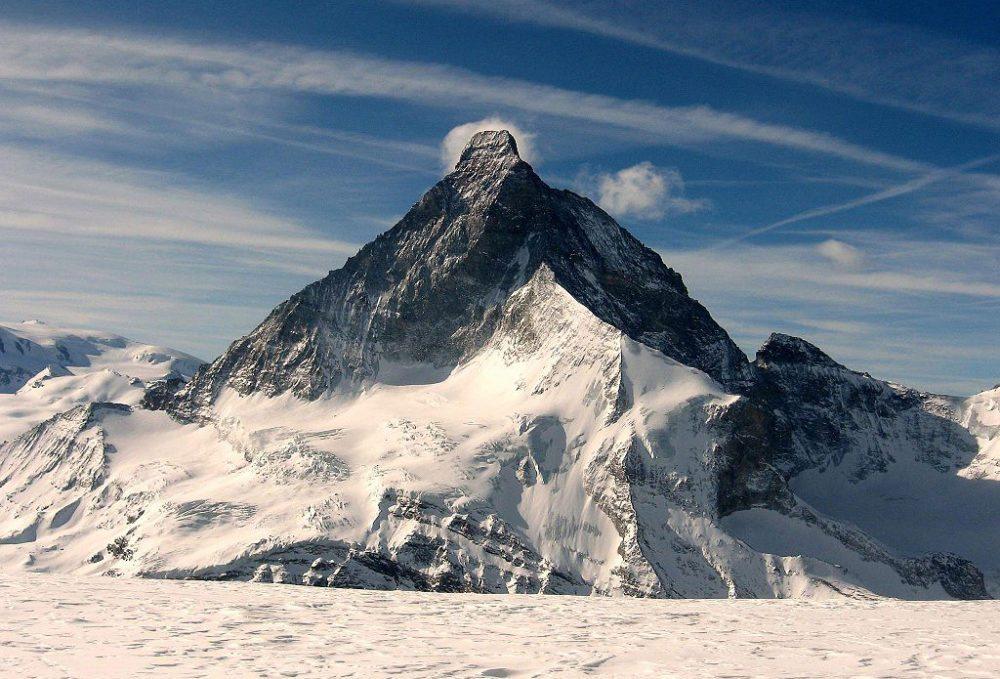 Matterhorn in winterlicher Majestät (Bild: Franco Pecchio, Wikimedia, CC)