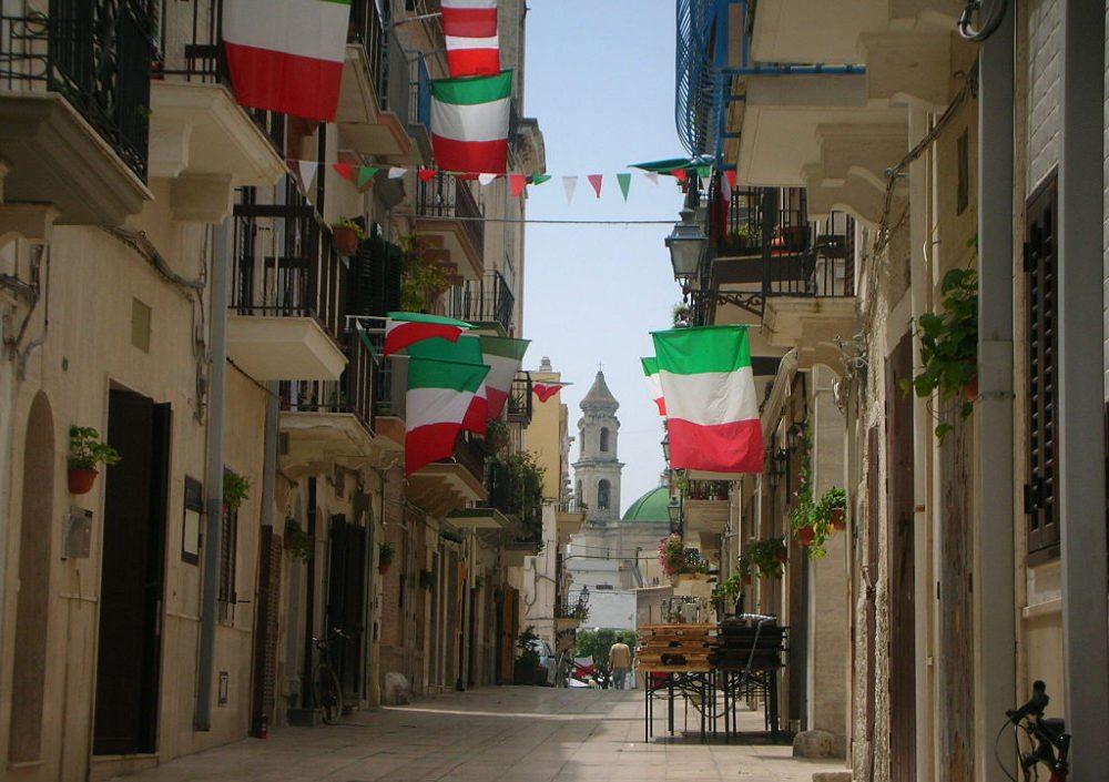 Altstadt von Mola di Bari (Bild: Galber, Wikimedia, CC)