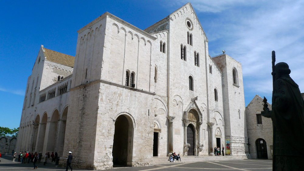 Basilika San Nicola in Bari (Bild: Italia1295, Wikimedia, CC)