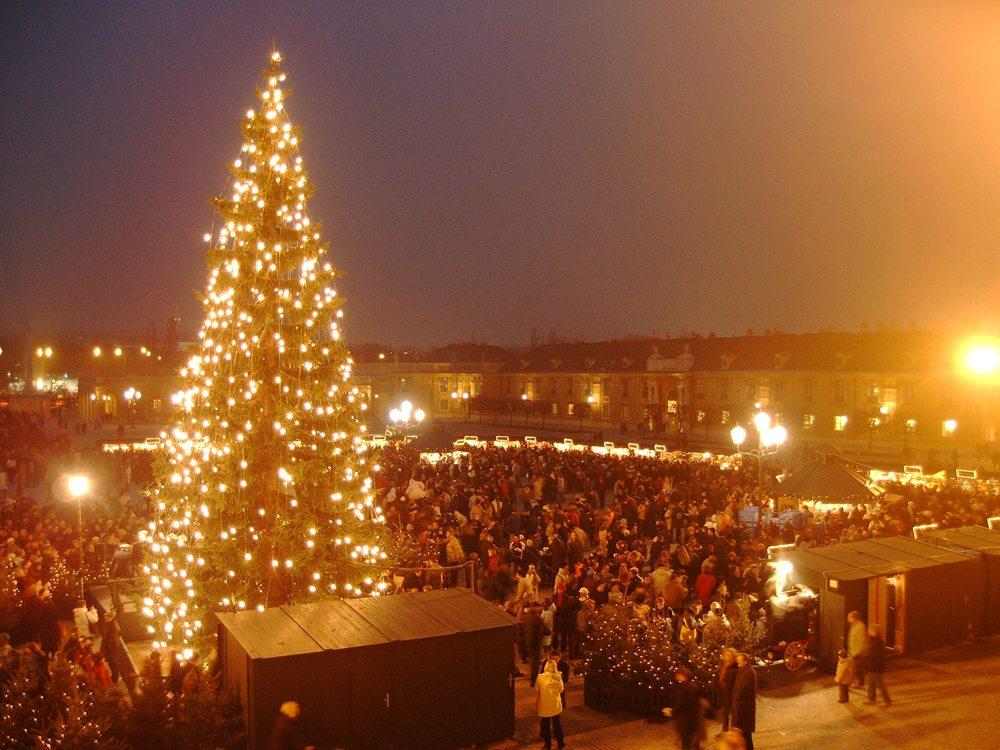 Weihnachtsmarkt in Wien (Bild: Brigitte Kreuzwirth  / pixelio.de)