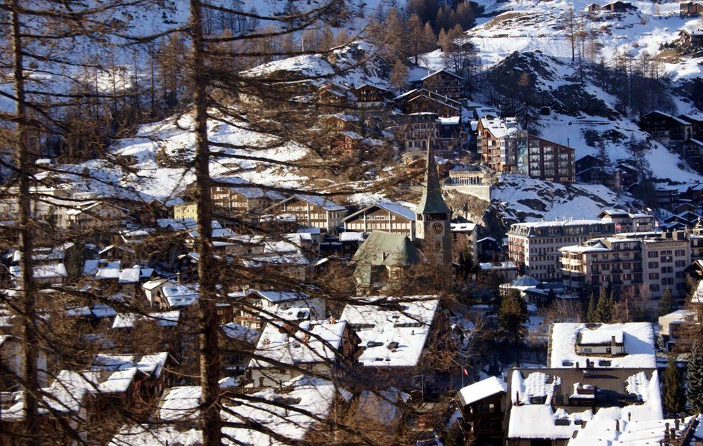 Zentrum von Zermatt (Bild: Katharina Wieland Müller  / pixelio.de)