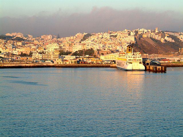 Ankunft in Tanger (Bild: Hedwig Storch / pt.wikipedia / Lizenz: CC)