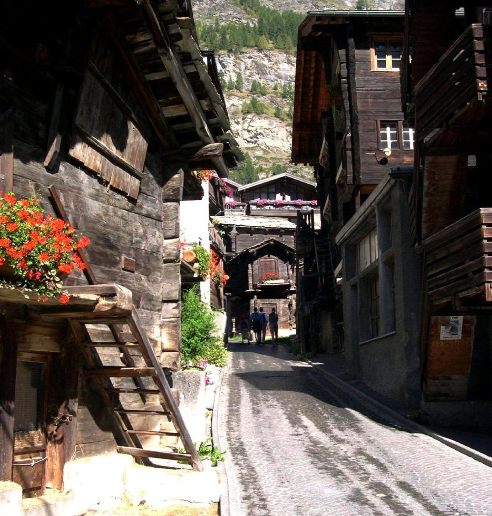 Altes Zermatt (Bild: ZachT, Wikimedia)