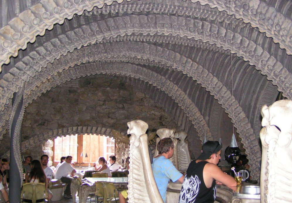 Giger Bar in Chur (Bild: Canterbury Tail, Wikimedia, CC)