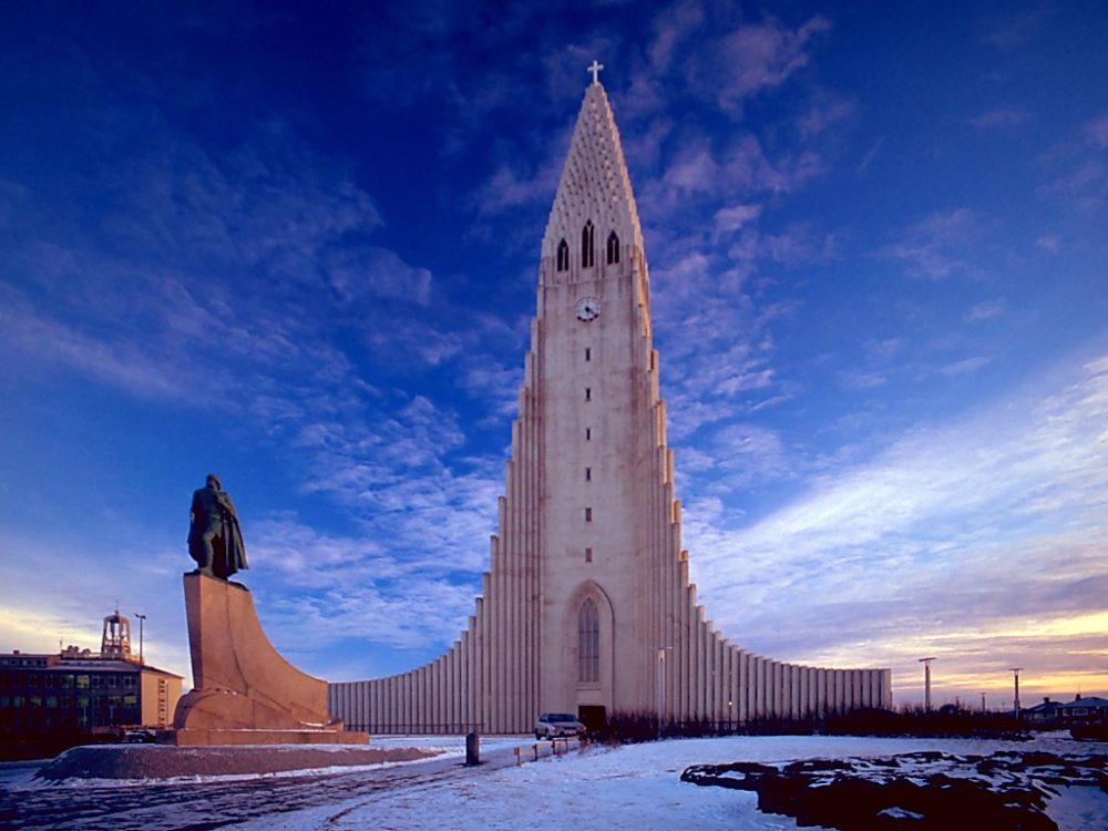 Halgrimskirche in Reykjavík, Island (Bild: Andreas Tille; Wikimedia, CC)