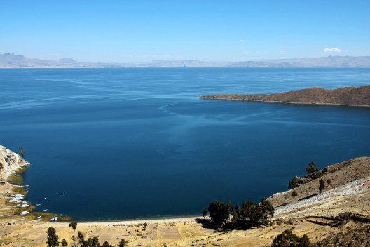 Titicacasee, der Weg nach Bolivien (Bild: © chiakto - shutterstock.com)