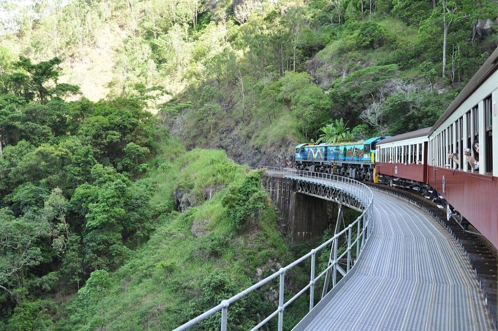 Kuranda Scenic Railway (Bild: garyt70, Wikimedia, CC)