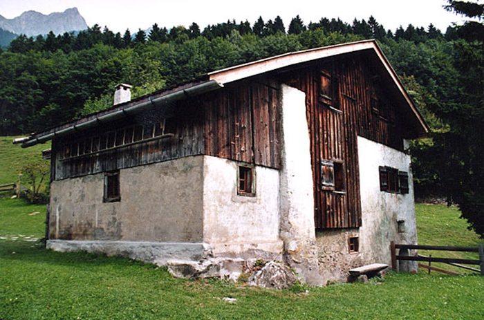 Heidihaus bei Maienfeld im Kanton Graubünden (Bild: Roland Zumbühl, Wikimedia, CC)