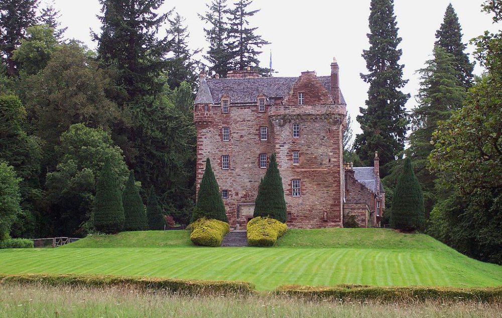 Castle Leod ist nur an wenigen Tagen im Jahr für Besucher geöffnet. (Bild: Colin Hepburn, Wikimedia, CC)