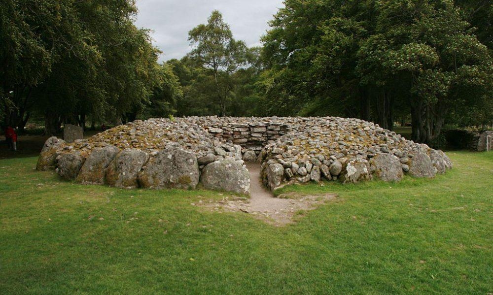 Begräbnisstätte Balnuran of Clava (Bild: Nachosan, Wikimedia, CC)