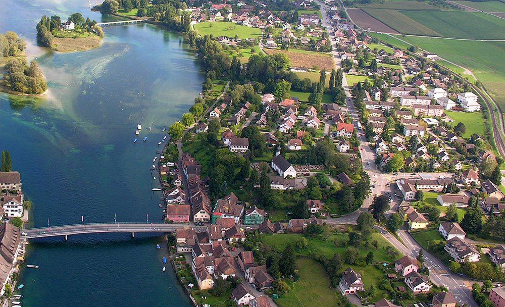 Stein am Rhein, Stadtteil am linken Rheinufer (Bild: Hansueli Krapf, Wikimedia, CC)