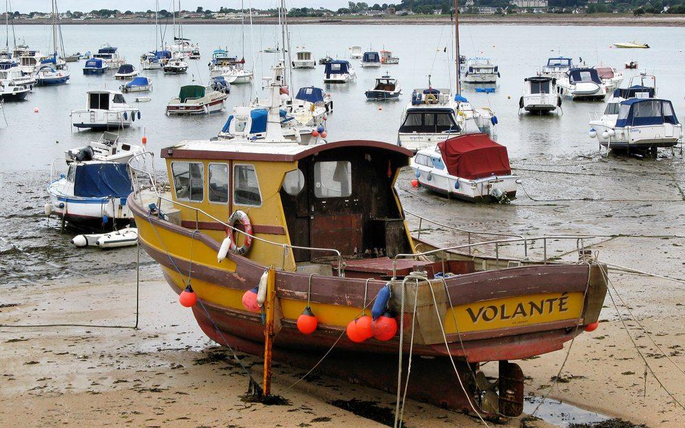 Jersey, Hafen bei Ebbe (Bild: Bildpixel  / pixelio.de)