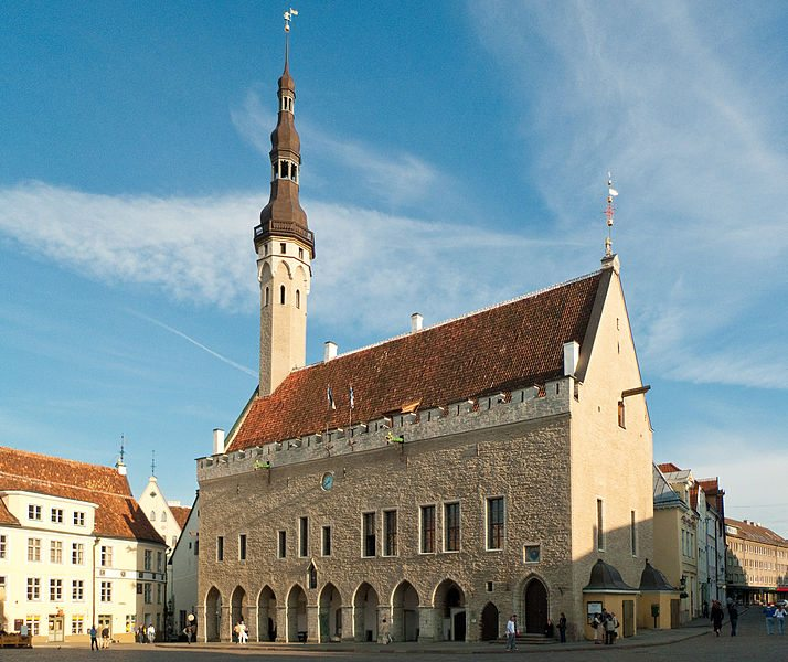 Rathaus von Tallinn (Bild: MrPanyGoff / Wikimedia / CC)
