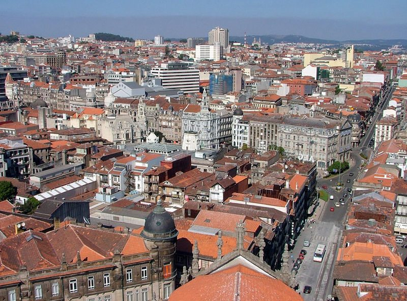 Ausblick vom Torre dos Clérigos (Bild: Jonik / Wikimedia / CC)