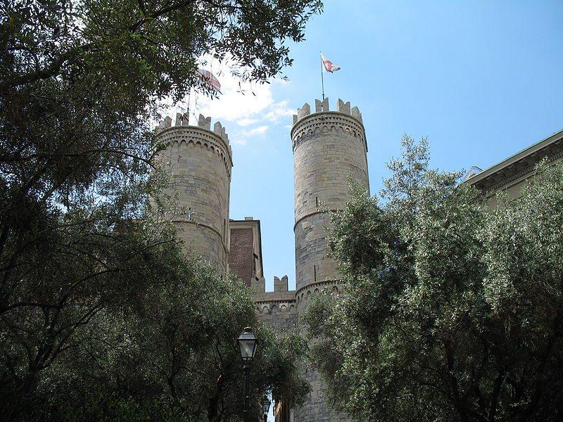 Mittelalterliches Stadttor Porta Soprana (Bild: Twice25 e Rinina25 / Wikimedia / CC)