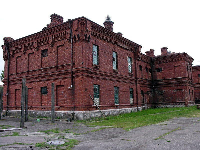 Düstere Unterkunft: Gefängnis-Hotel Karostas Cietums (Bild: Algirdas / Wikimedia / CC)