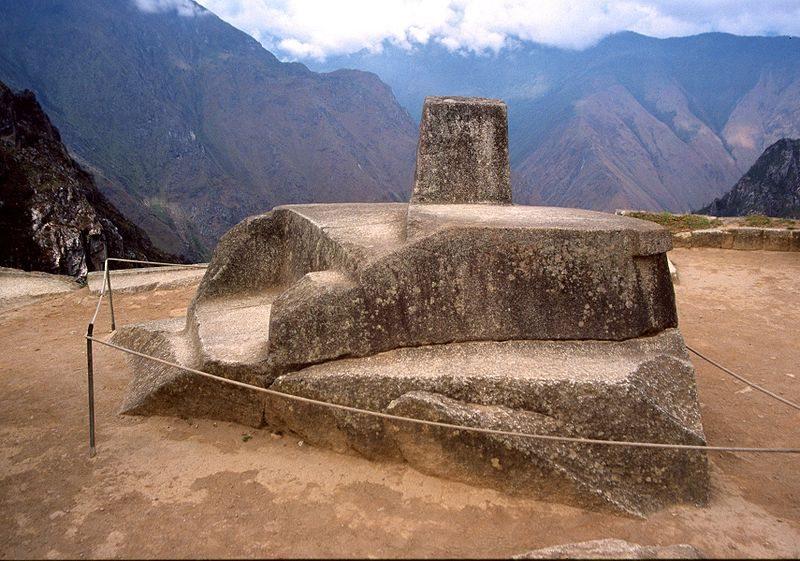 Intihuatana, der heilige Kalenderstein der Inka (Bild: Colegota / Wikimedia / CC)