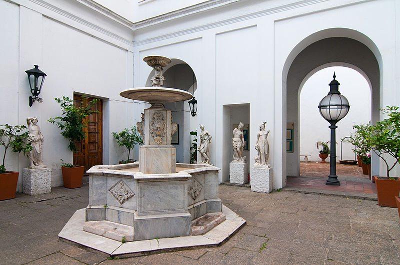 Nationalmonument Cabildo mit dem Nationalmuseum für Geschichte (Bild: Willy Rey / Wikimedia / CC)