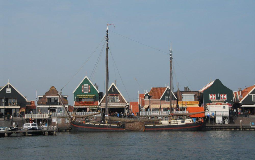Volendam, Niederlande (Bild: FaceMePLS, Wikimedia, CC)