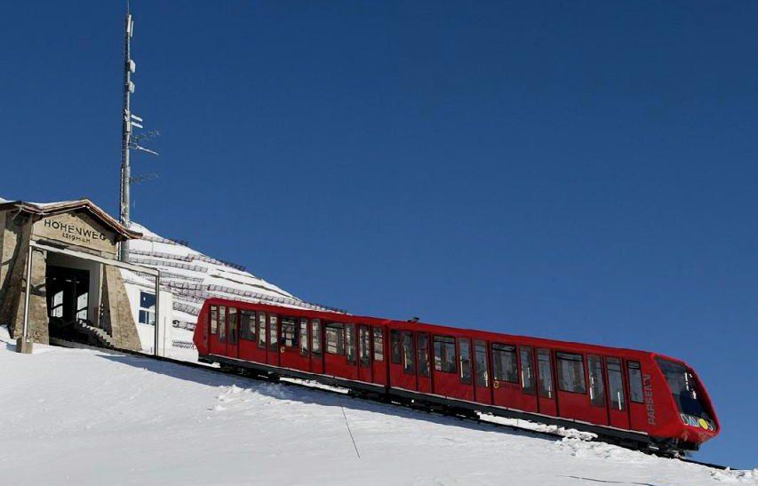 Neue Parsennbahn im Skigebiet Davos (Bild: ZachT, Wikimedia, CC)