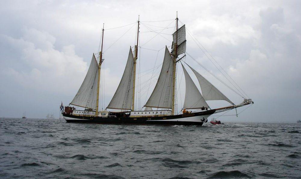 """Das niederländische Segelschiff """"Swaensborgh"""" (Bild: playroughde, Wikimedia, CC)"""