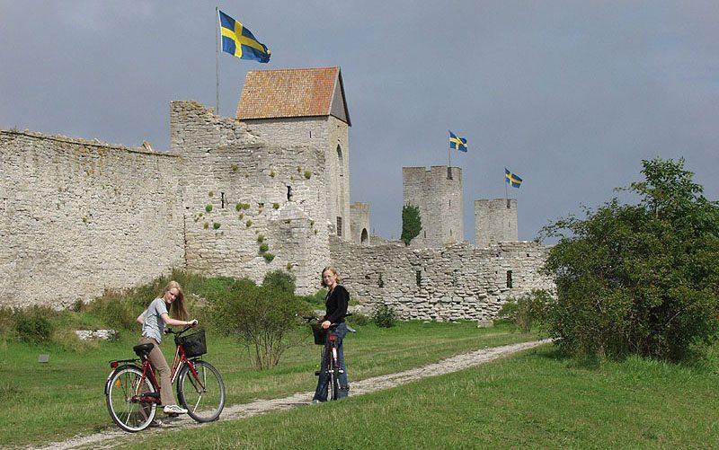 Stadtmauer von Visby auf Gotland (Bild: Frank Baldus, Wikimedia)