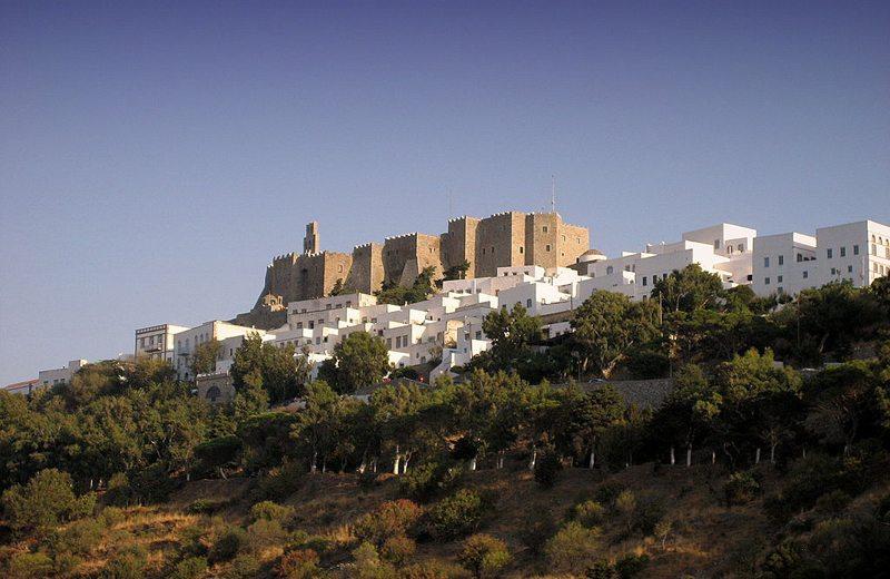 Festung Chora auf Patmos (Bild: Chris Vlachos, Wikimedia, CC)