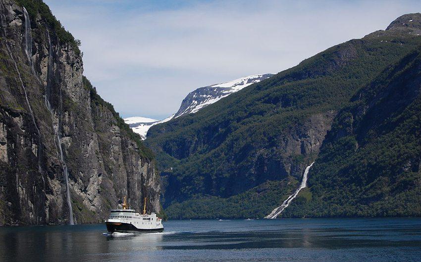 Geirangerfjord – die beeindruckendste Fjordlandschaften Norwegens (Bild: karaian, Wikimedia, CC)