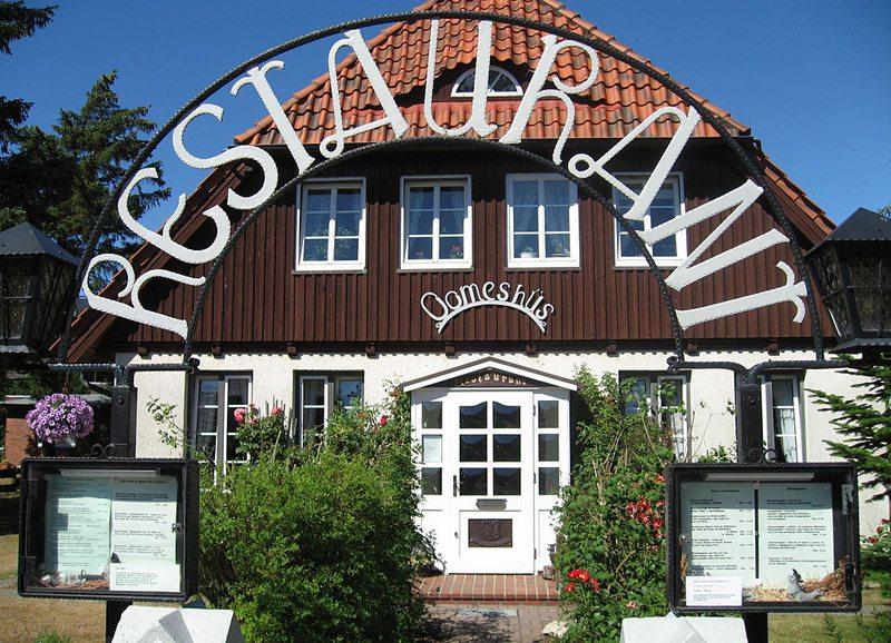 Norddorf auf Amrum – friesische Architektur (Bild: Mathias Bigge, Wikimedia, CC)