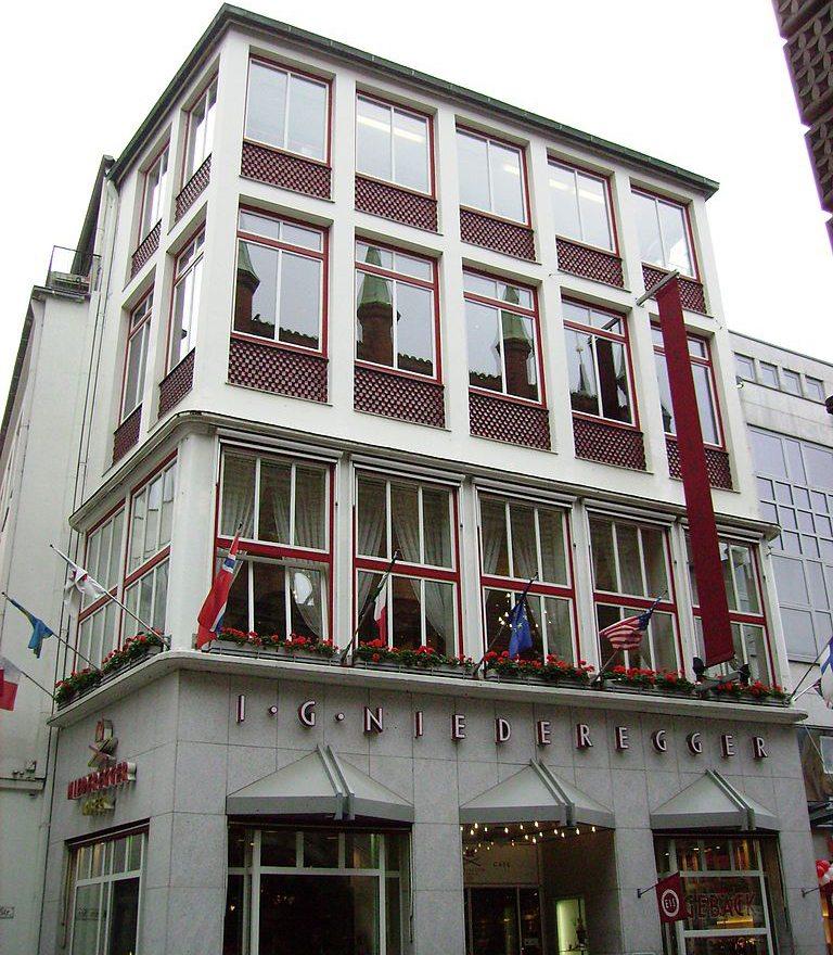 Café Niederegger - das Stammhaus des weltweit bekannten Herstellers von Lübecker Marzipan (Bild: Metzner, Wikimedia, CC)