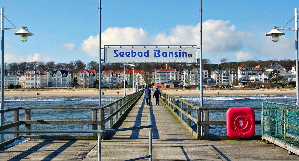 Seebrücke in Bansin, Insel Usedom, Blick in Richtung Promenade (Bild: Horst-schlaemma, Wikimedia, CC)