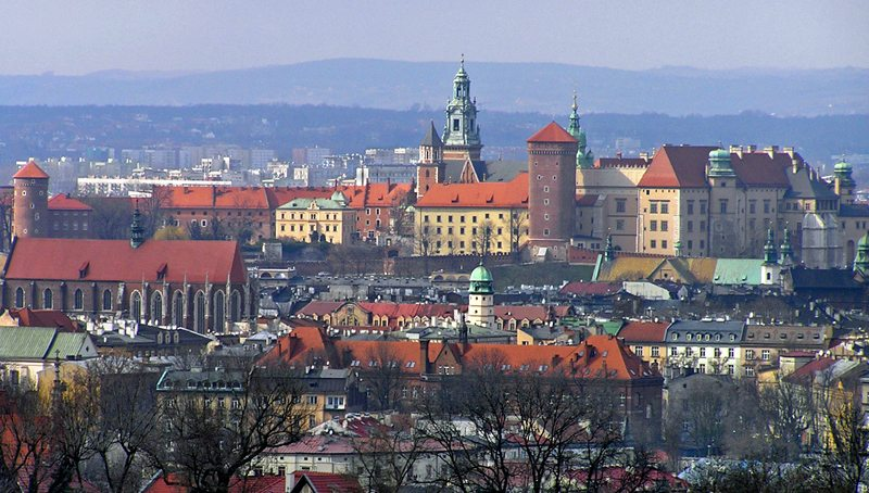 Schloss- und Burganlage Wawel gilt als Nationalheiligtum der Polen (Bild: RaNo, Wikimedia, CC)